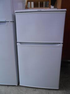 単身者向けの冷蔵庫。