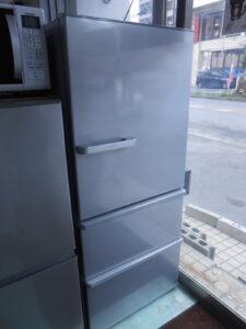 270Lの使いやすい3ドア冷蔵庫。