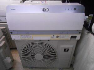 シャープ製の大型エアコンを買取致しました。