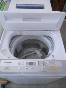 パナソニック製5キロタイプの洗濯機です。